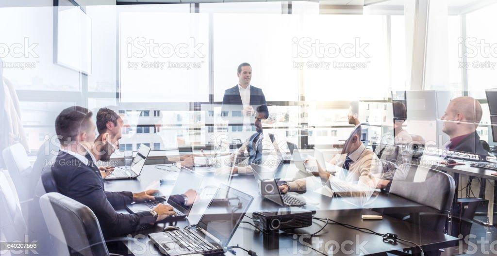 Oficina reunión del equipo de negocio corporativo. foto de stock libre de derechos