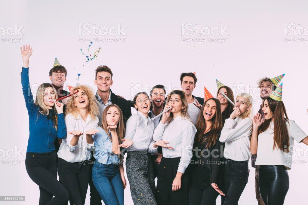 Corporative. Groupe de personnes collègues plaisir et sourire. photo libre de droits