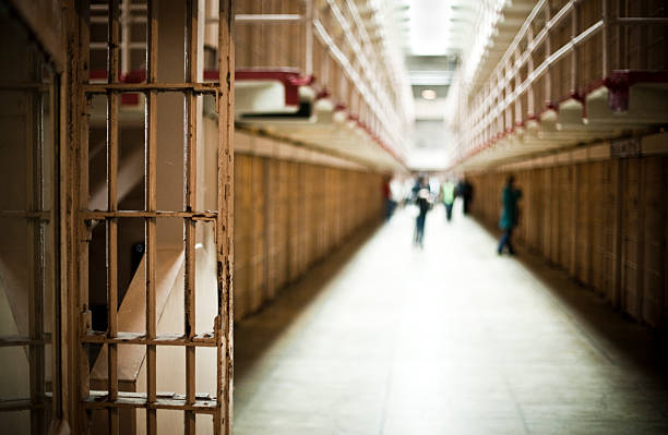 Korridor des Gefängnis mit Zellen – Foto