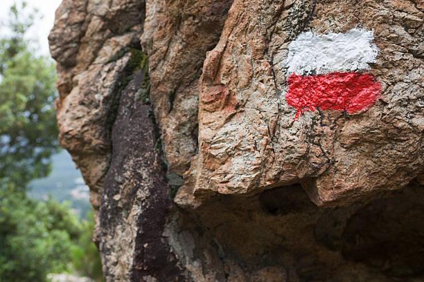 corse-marquant du célèbre g 20 randonnée (xxxl - randonnée corse photos et images de collection