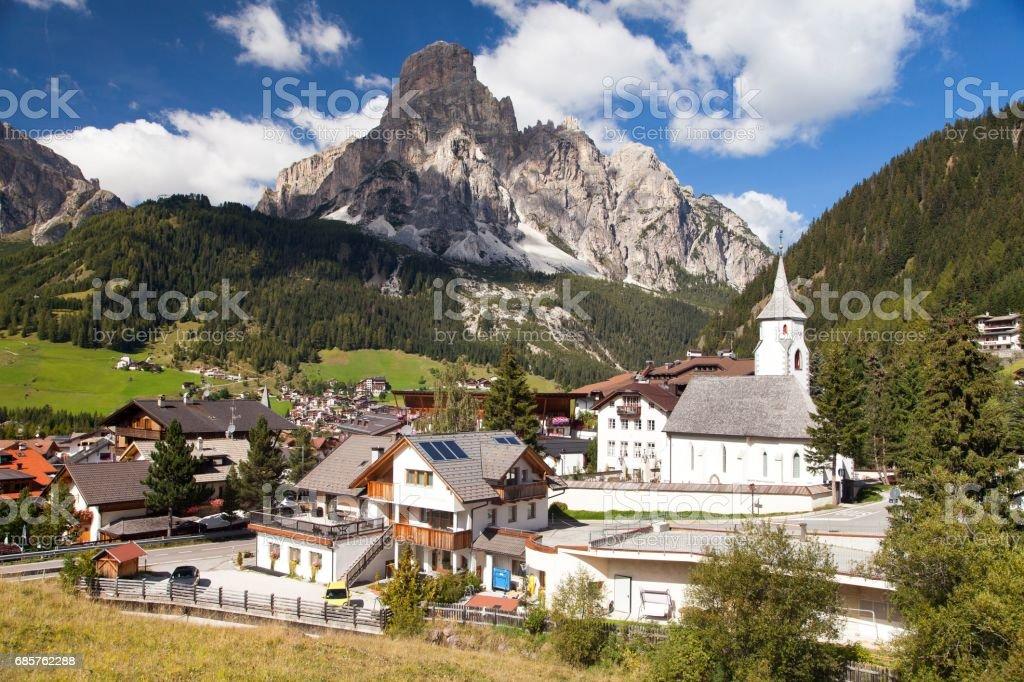 Corvara in Badia, Kirche in Corvara, Dolomiten, Italien – Foto