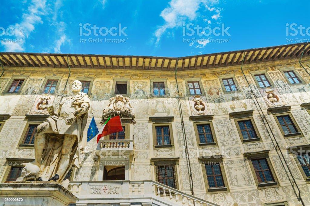 Cosimo I statue in Piazza dei Cavalieri in Pisa stock photo