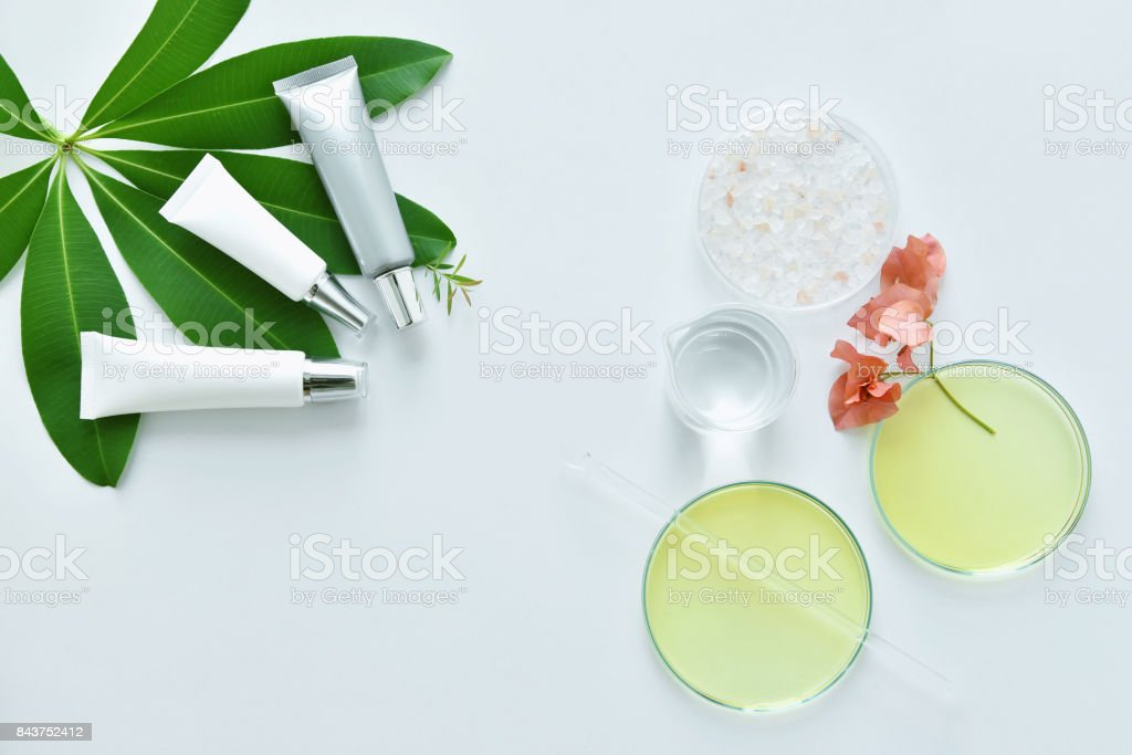 Cosmetic Bottle Containers With Skin Care Raw Materials Blank Label