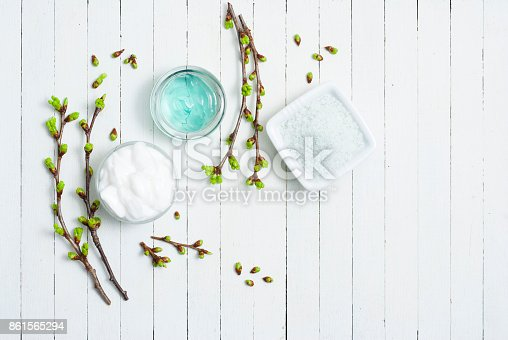 istock Cosmetic cream on white wood 861565294