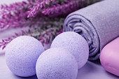 発泡塩ハイドロ マッサージの効果とスキンケアのための化粧品