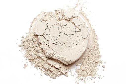 Cosmetic Powder Isolated On White Background - zdjęcia stockowe i więcej obrazów Abstrakcja