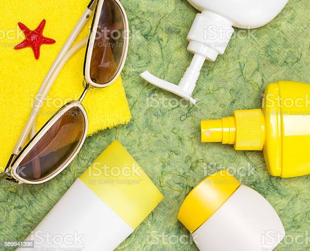 Cosmetic sunscreen products for face and body skin care picture id589941396?b=1&k=6&m=589941396&s=612x612&h=jtlgj7ouimusypgj1s43tvyh0t5lvjsewcz2sxng4tu=