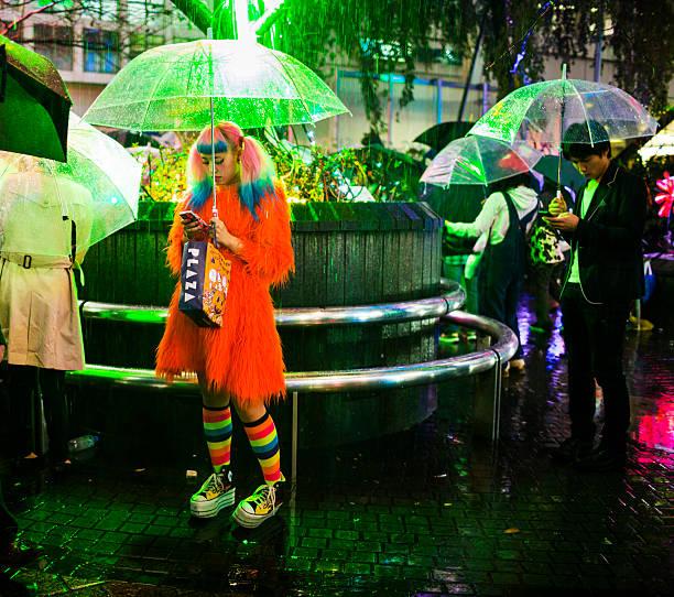 kostümspiel in shibuya in tokio, japan - tokyo cosplay stock-fotos und bilder