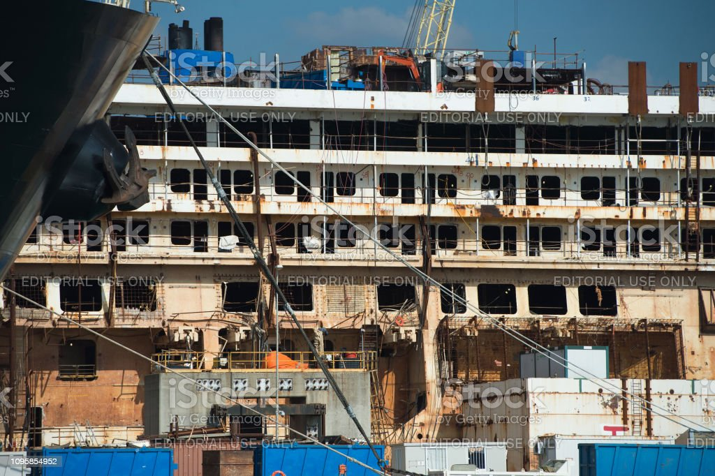 Costa Concordia Wreck In Genoa Harbor Stock Photo Download Image Now Istock