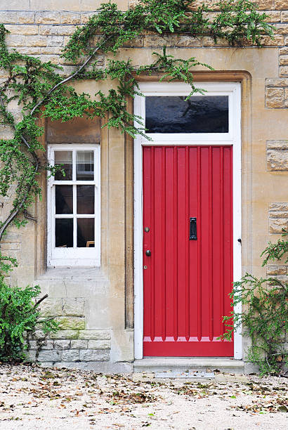 256 Front Door To An Old Cottage In The Uk Stock Photos Pictures Royalty Free Images Istock