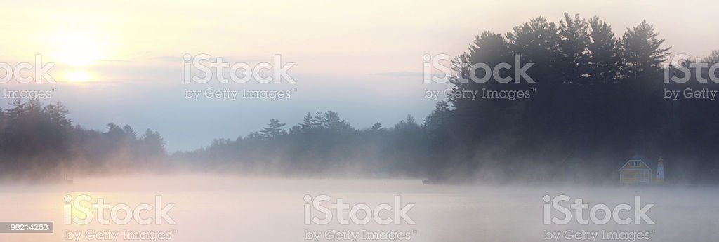 Mist Cottage foto stock royalty-free