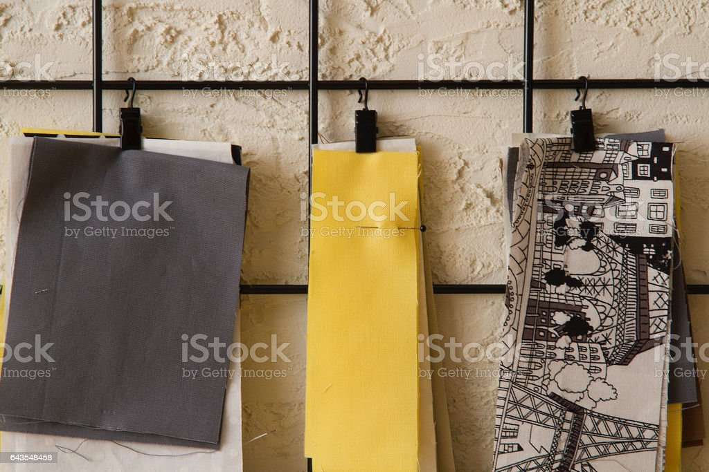 Cotton straps are attechen to grating стоковое фото