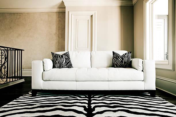 sofá - padrões zebra imagens e fotografias de stock