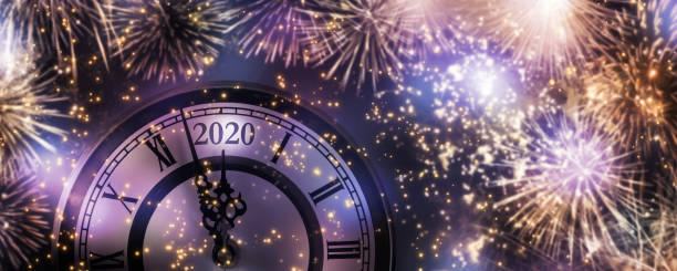 countdowm fireworks at new years eve 2020 countdowm fireworks at new years eve 2020 pyrotechnic effects stock pictures, royalty-free photos & images