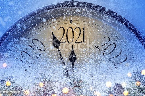 istock Countdown to midnight 1268593533
