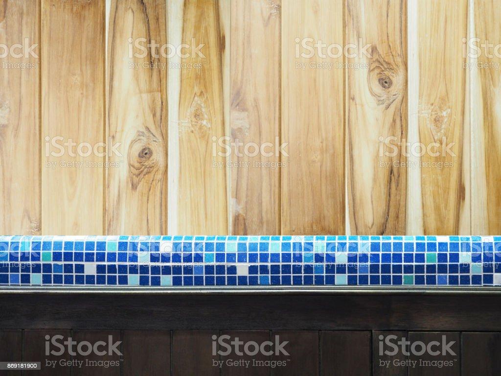 Countertop Mosaikfliesen Und Holz Schrank In Der Kuche Oder Toilette