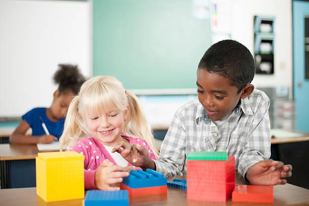 数ブロックのクラス - 数学の授業 ストックフォトと画像