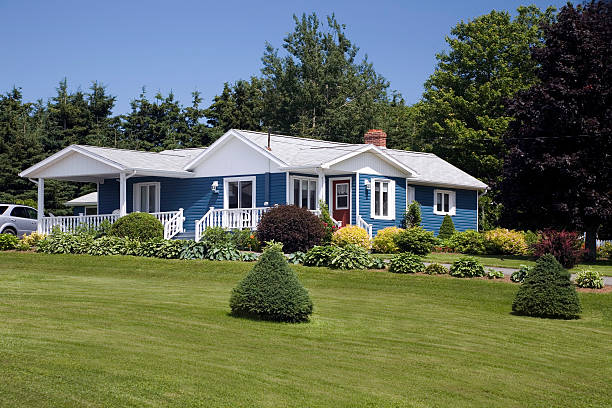 country home - bungalow stock photos and pictures