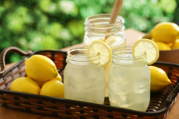country lemonade - limonade stock-fotos und bilder