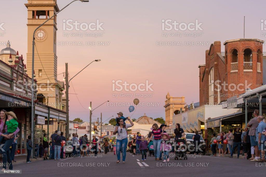 Desfile do Festival de música country, Charters Towers, Austrália - foto de acervo