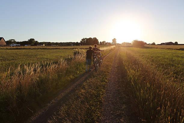 country road walking - summer sweden bildbanksfoton och bilder