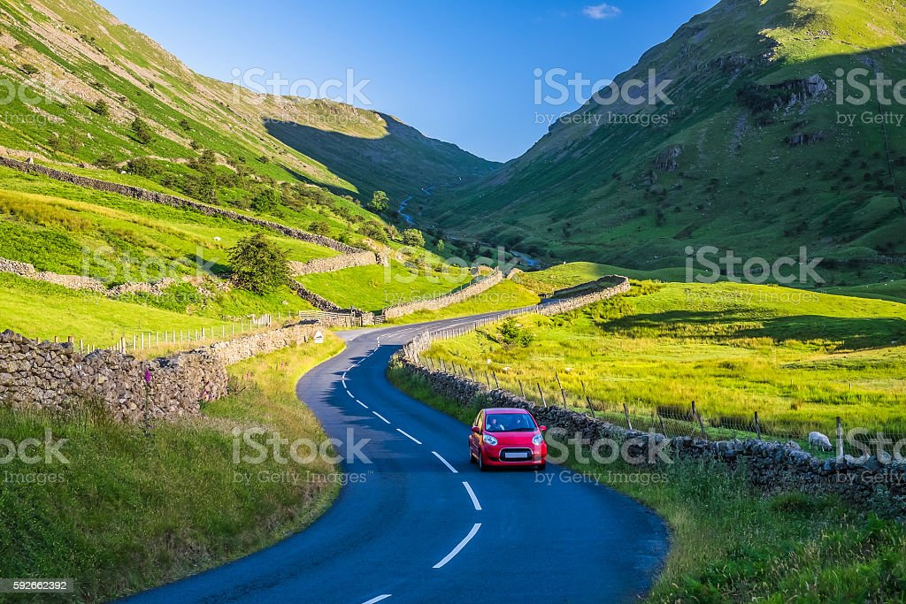 Countryside road in the mountain. – Foto