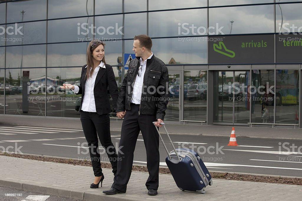 Paar am Flughafen – Foto