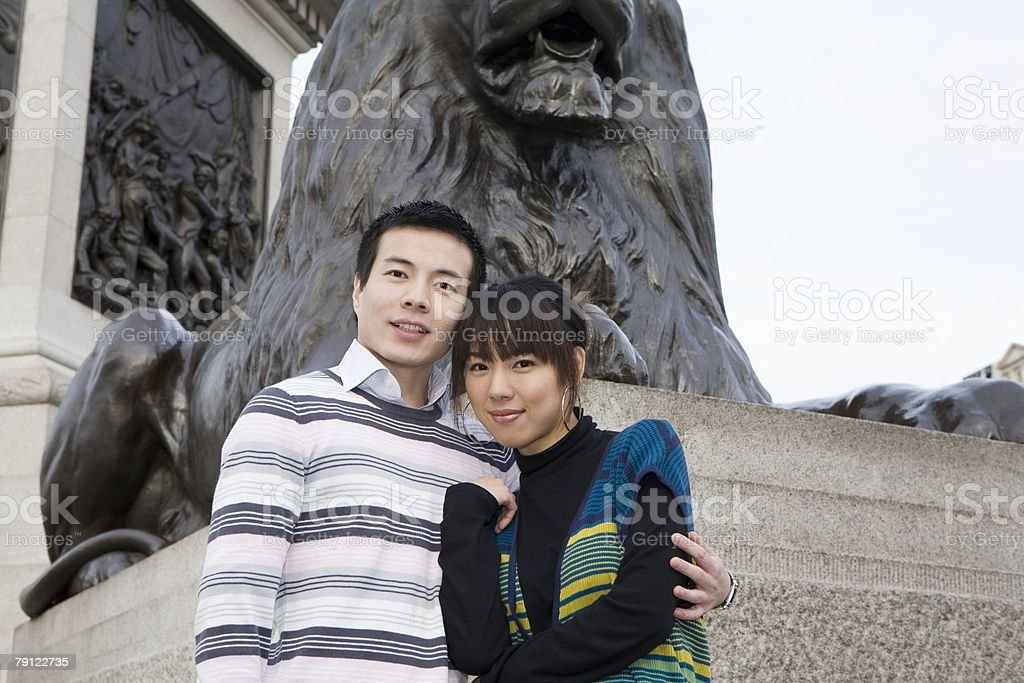 Couple by nelsons column royalty-free 스톡 사진