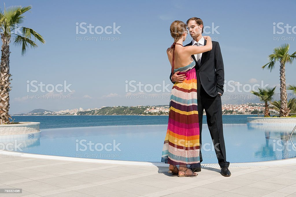Casal de Piscina foto de stock royalty-free