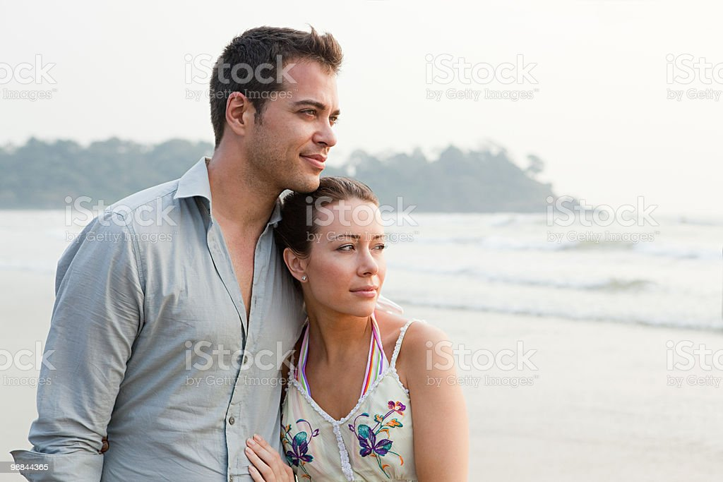 Couple by the ocean 免版稅 stock photo