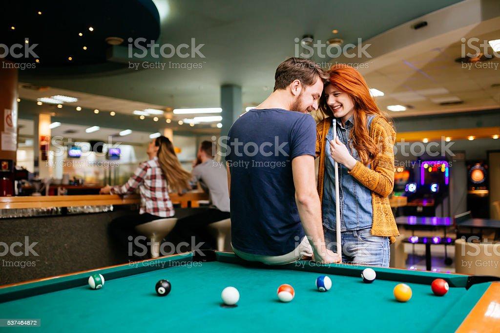 Snukeris online dating