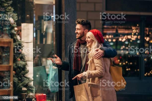 Couple doing some window shopping picture id1003489768?b=1&k=6&m=1003489768&s=612x612&h=66lgbayzz1v8jom7pyudbju1y3njp qmzf ygjoik0g=
