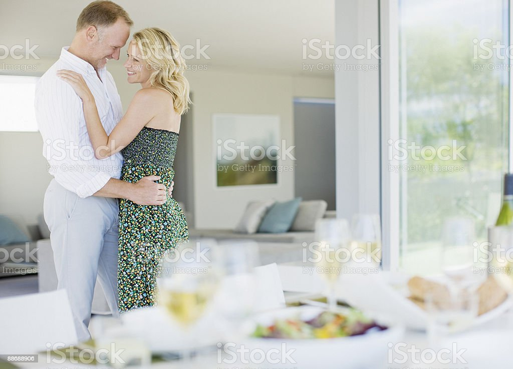 Couple eating lunch outdoors royalty-free stock photo