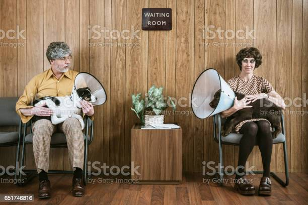 Couple flirting at veterinarian with their dogs picture id651746816?b=1&k=6&m=651746816&s=612x612&h=tl2ebeanwp7tohslmo27h3ftre mkz9ghfjfitmlhtm=