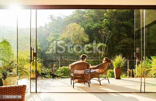 istock Couple in a vacation 1250509758