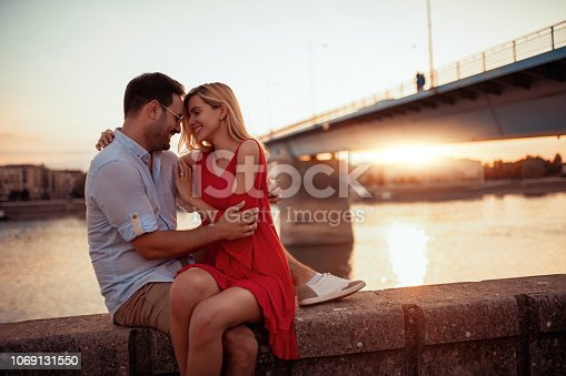1069131934 istock photo Couple in love 1069131550