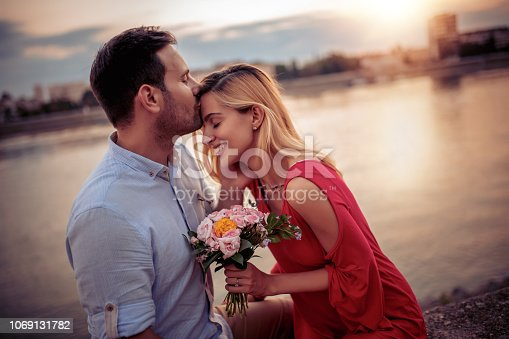1069131934 istock photo Couple in love 1069131782