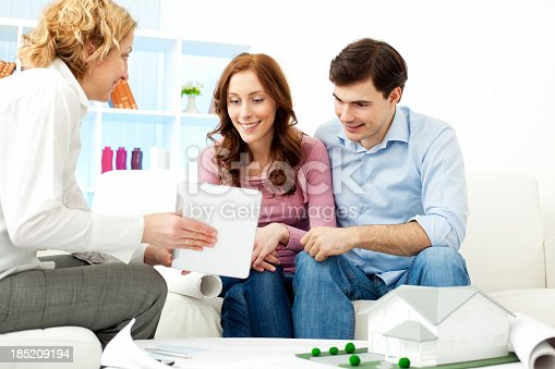466848706 istock photo Couple Meeting With Architect. 185209194