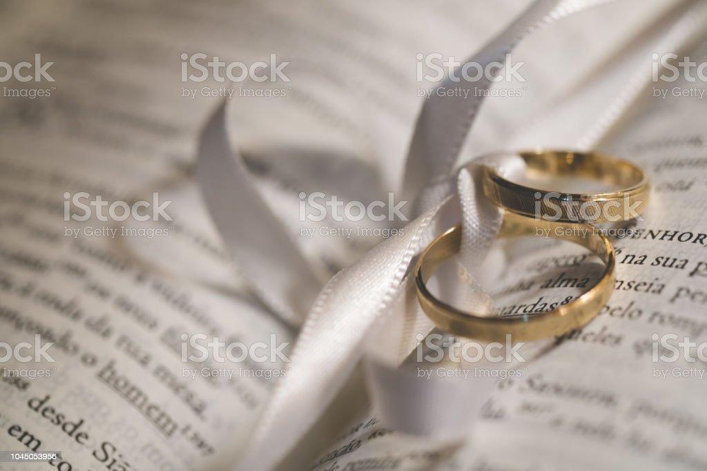 Paar Goldene Hochzeit Ringe Stockfoto Und Mehr Bilder Von