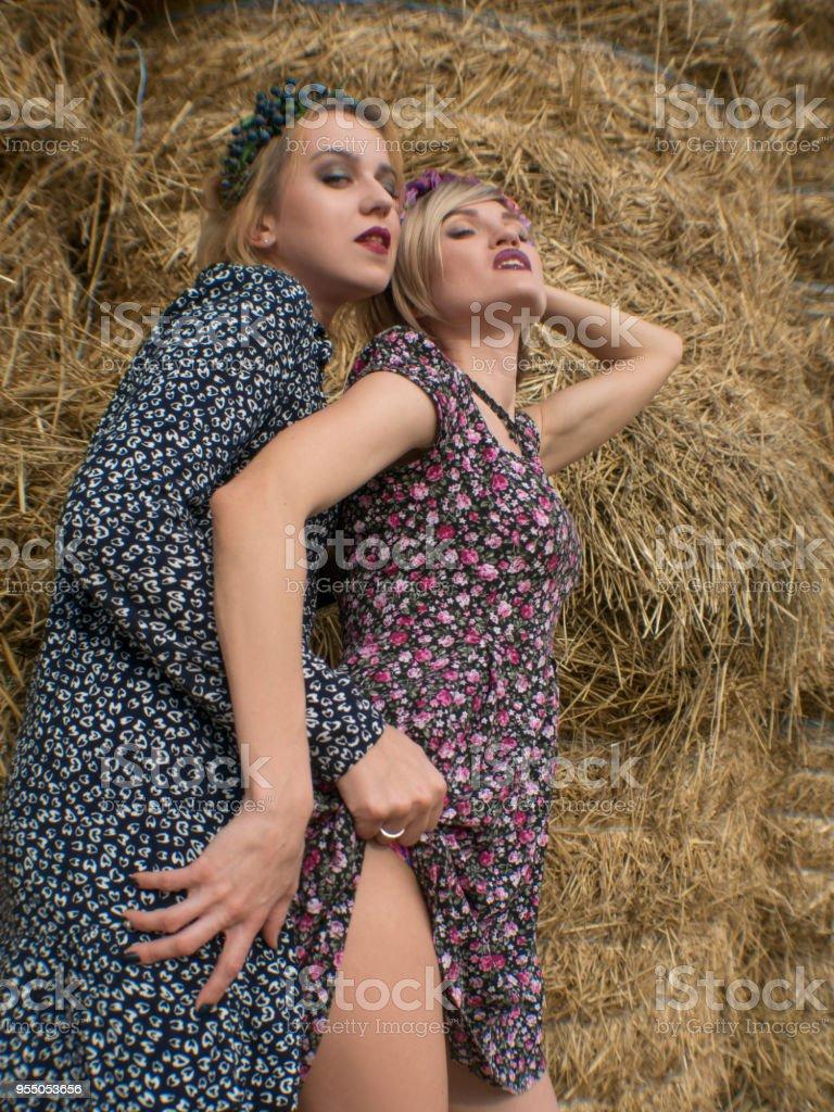 lesbian-girls-play-porn-for