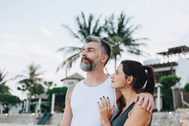 par på en bröllopsresa - middle aged man dating bildbanksfoton och bilder