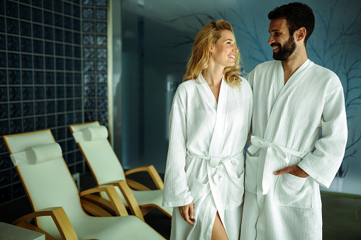 610769340 istock photo Couple relaxing in spa center 623920340