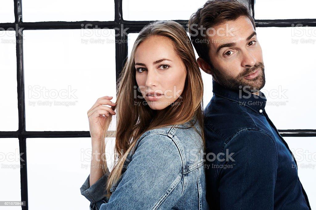 couple wearing denim, portrait photo libre de droits