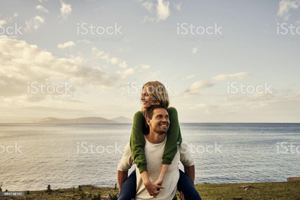Paare, die zusammen zu erforschen lieben einander - Lizenzfrei Abenteuer Stock-Foto