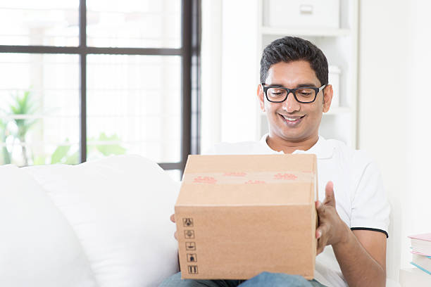 Courier delivery concept picture id477422930?b=1&k=6&m=477422930&s=612x612&w=0&h=lpor2e2qevgz ebz3mqrnx ixi09rgcngpstyv06hgu=
