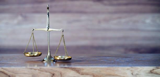 Tribunal de justicia, ley y concepto de regla, imagen - foto de stock