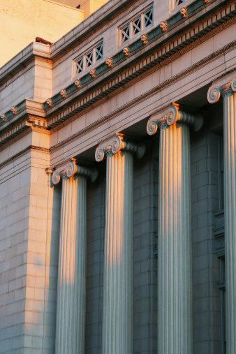 182148217 istock photo Courthouse Columns At Sunset, Dayton, Ohio 182148123