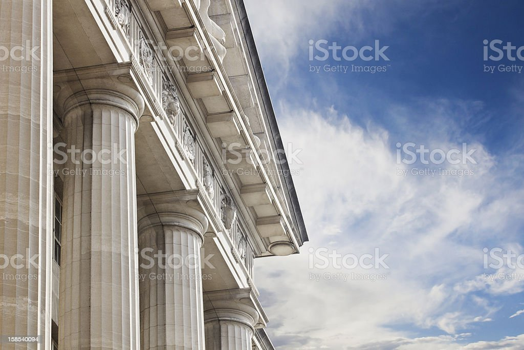 Courthouse or government building - Royaltyfri Arkitektonisk kolonn Bildbanksbilder