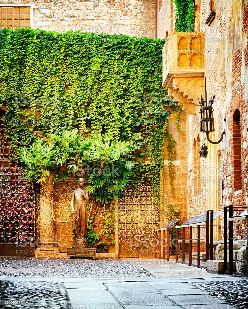 Courtyard of Casa di Giulietta (House of Juliet), Verona, Italy stock photo