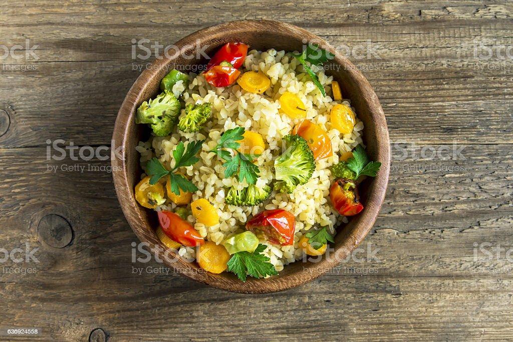 couscous avec légumes  - Photo
